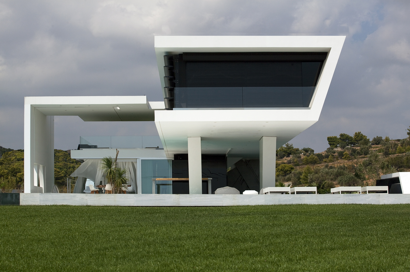 Impressive ultra modern house in athens architecture beast Best home architect in the world