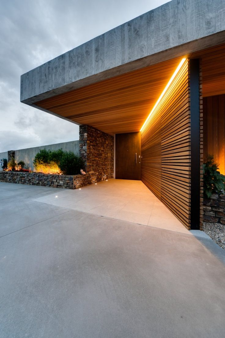 40 modern entrances designed to impress architecture beast for Luxury exterior lighting