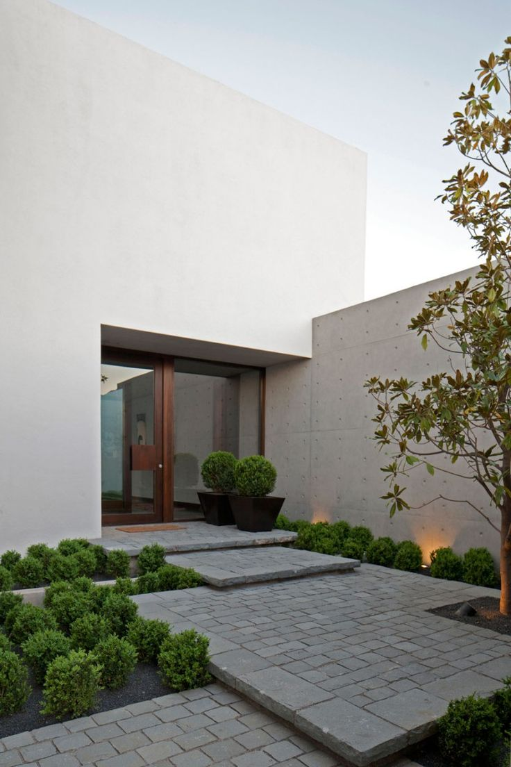40 modern entrances designed to impress architecture beast for Decoration jardin contemporain