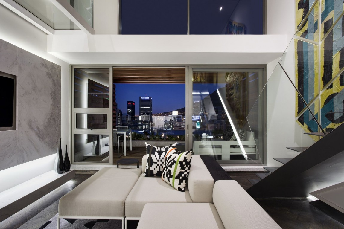 Gorgeous small apartment interior design idea by saota for Balcony living room design