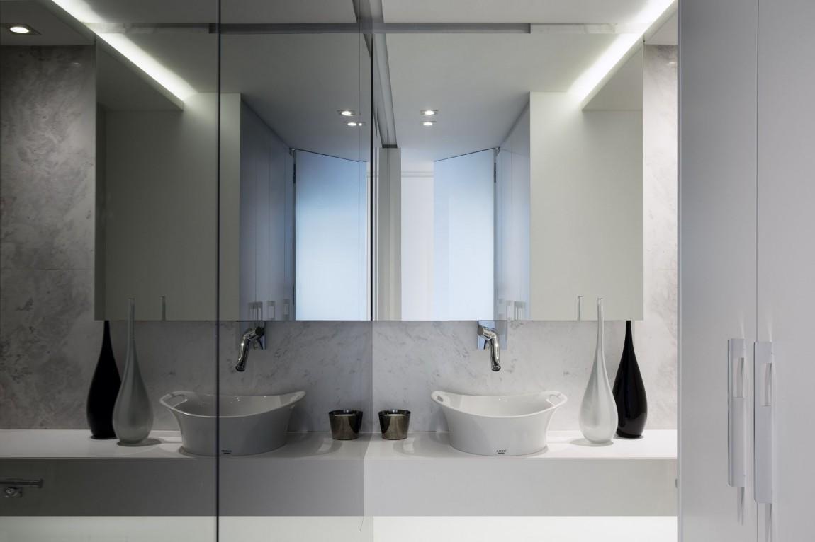 Gorgeous small apartment interior design idea by saota for Bathroom designs cape town