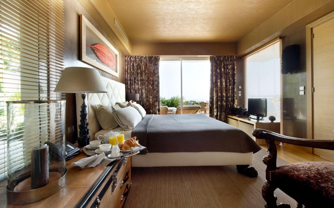 Second modern bedroom