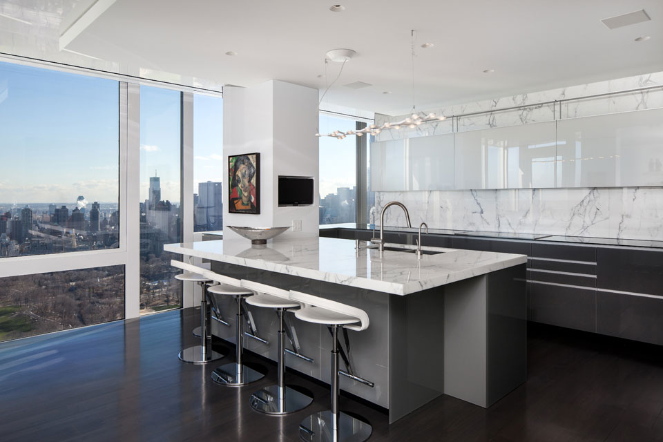 modern kitchen in manhattan apartment - Manhattan Penthouse Apartments