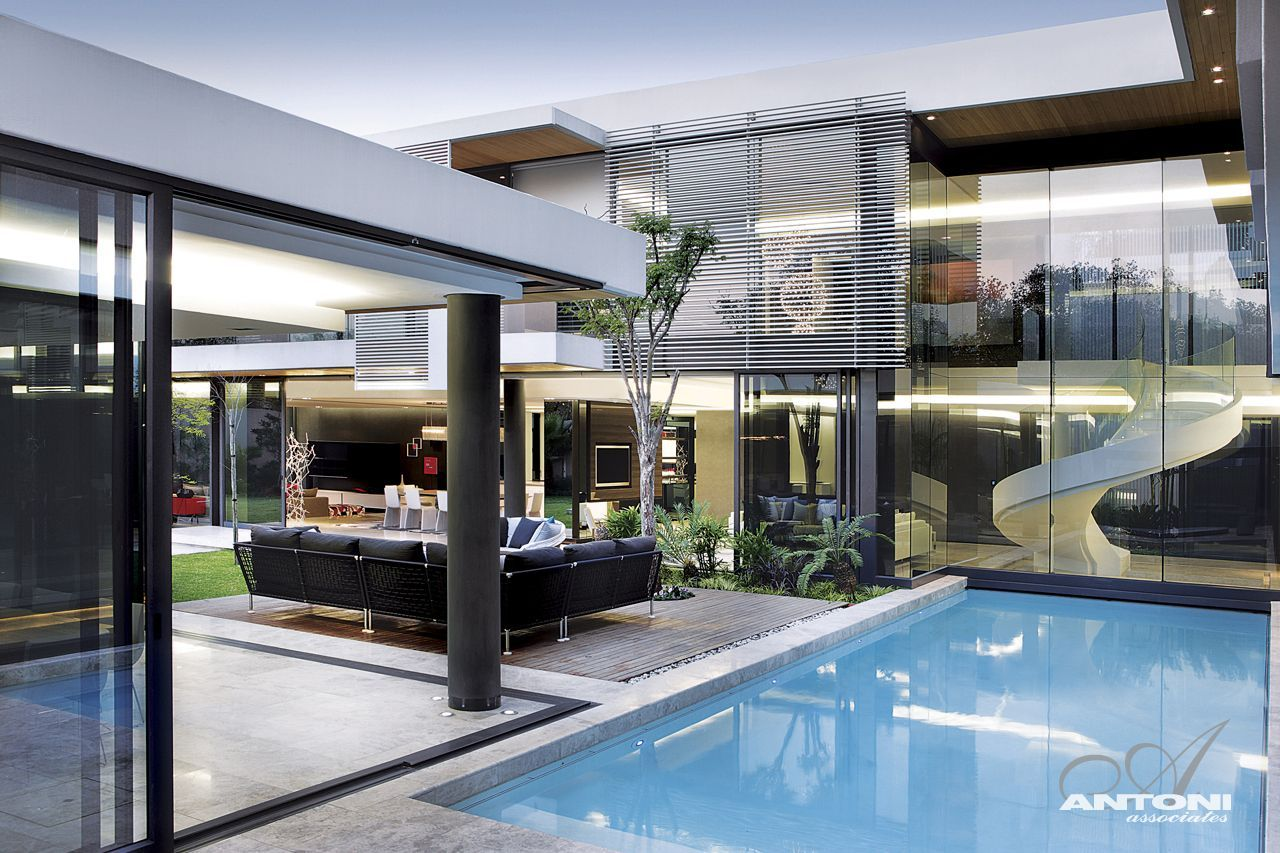 Modern mansion with perfect interiors by saota for Modern contemporary homes