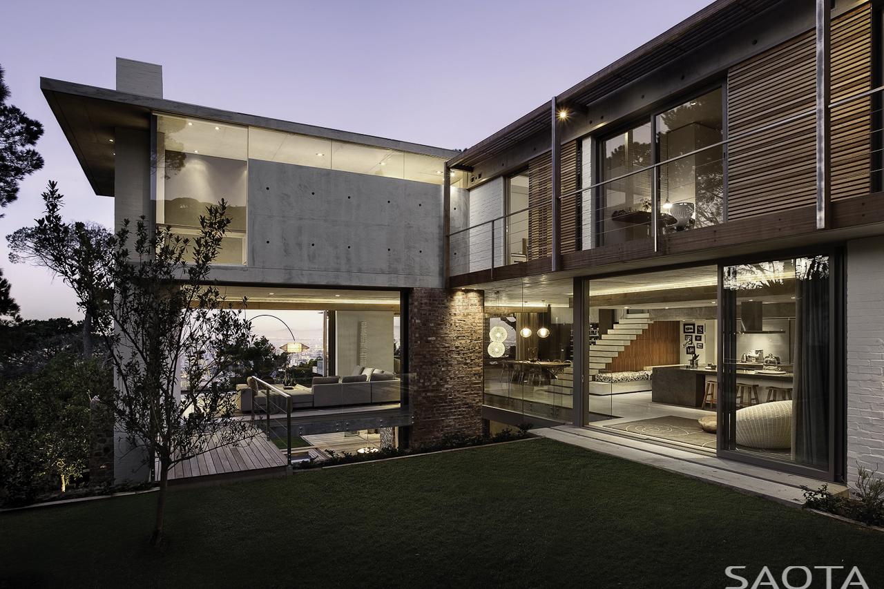 Contemporary Home Of Dreams by SAOTA