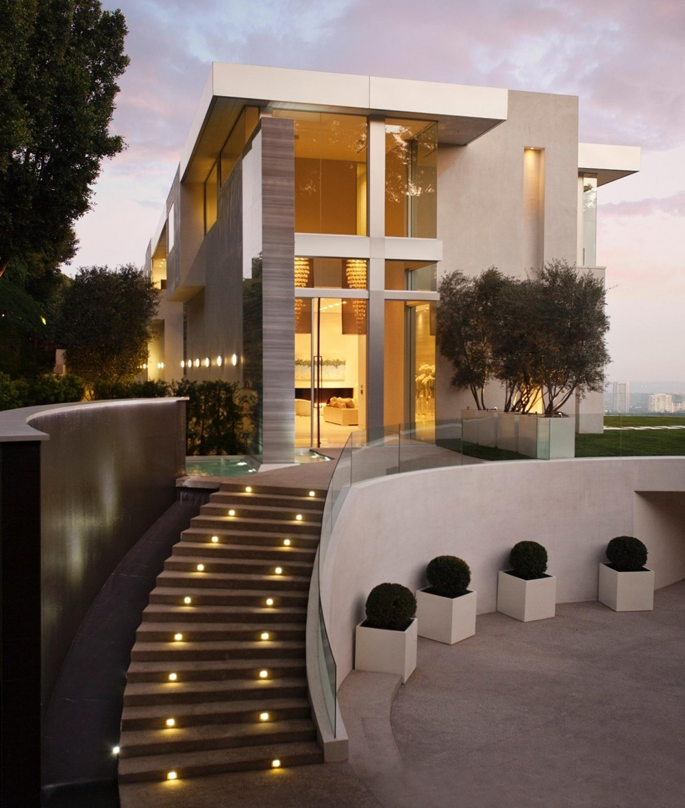 elegant luxury modern home - New Contemporary Home Designs
