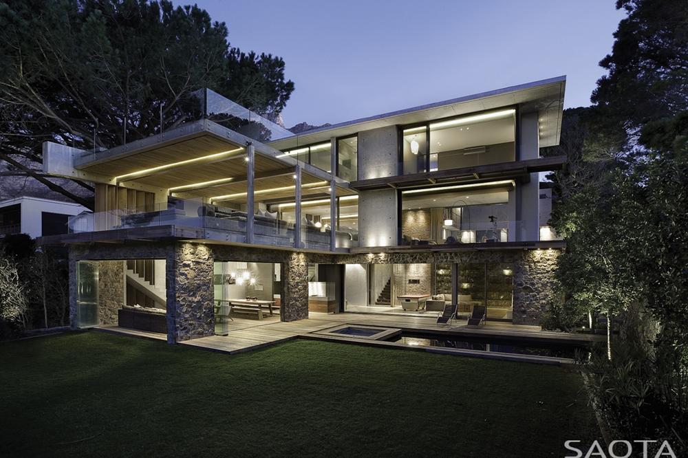 Concrete and stone modern facade