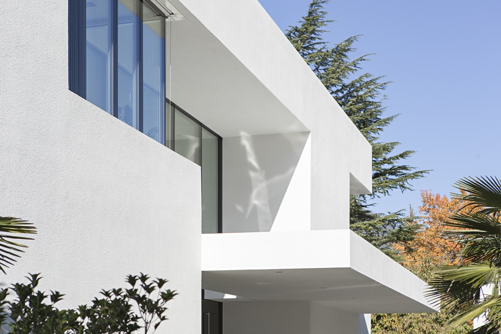 Modern White Facade Of House M