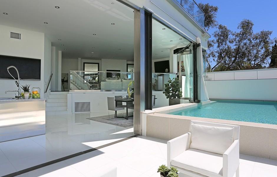 Modern Villa On Sunset Strip With Stunning Views