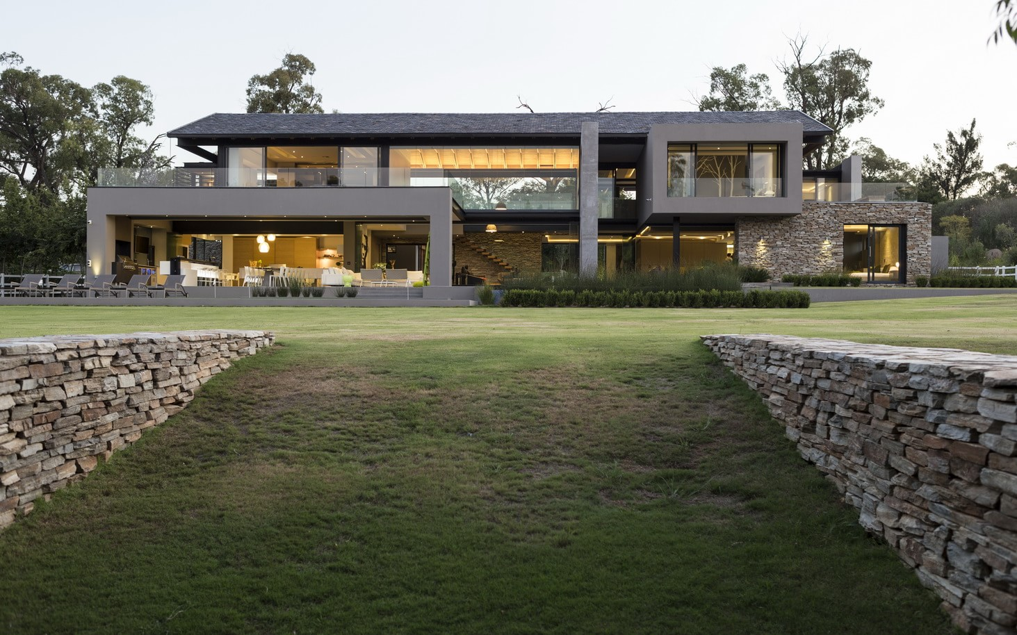 Contemporary_House_in_Blair_Athol_featured_on_architecture_beast_ (47)