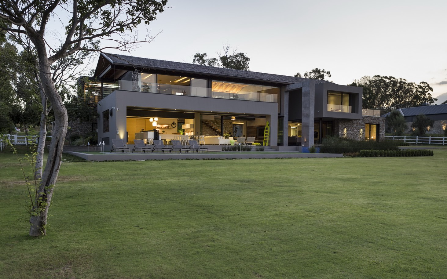 Contemporary_House_in_Blair_Athol_featured_on_architecture_beast_ (5)