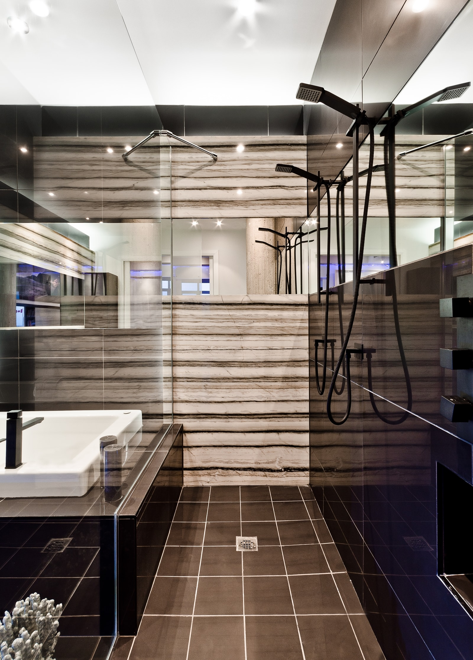 Dark modern bathroom design by ActDesign