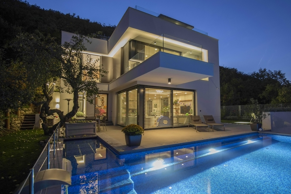 Hillside House Above Budapest By Arx Studio Architecture