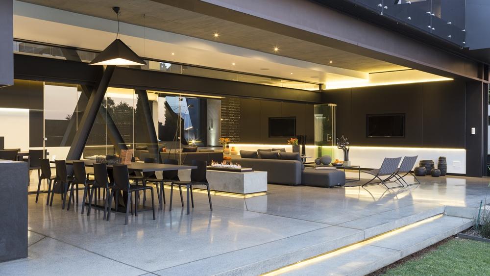Best houses in the world amazing kloof road house for Design interni casa moderna