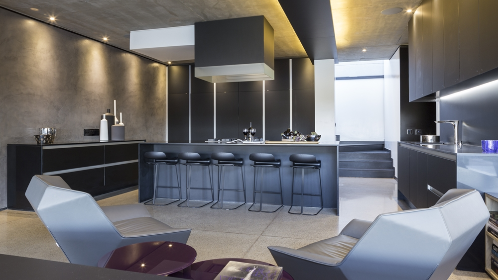 Best houses in the world amazing kloof road house for Coolest kitchens in the world