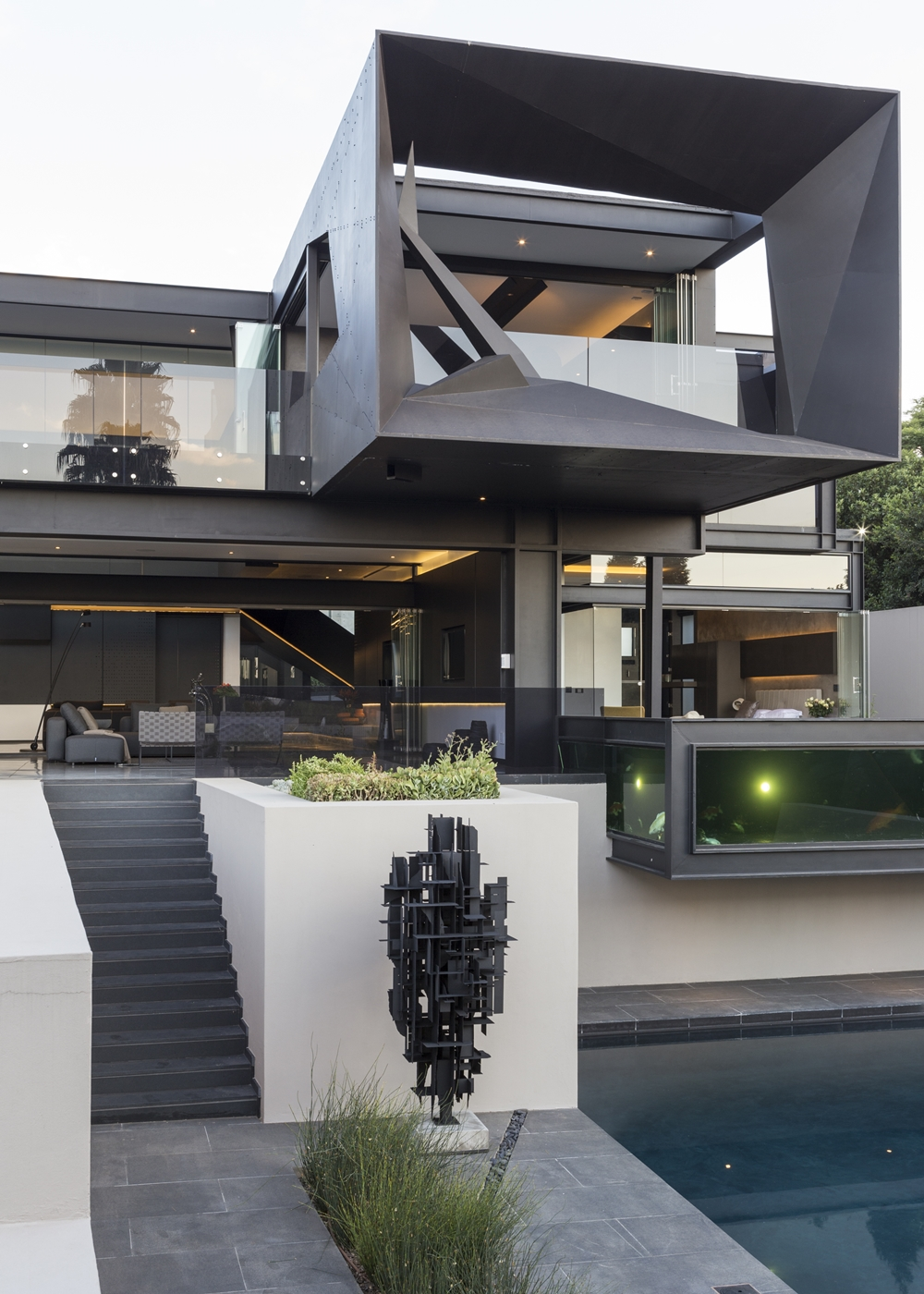 Best houses in the world amazing kloof road house for Maison ultra minimaliste