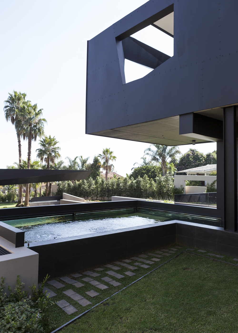 Best houses in the world amazing kloof road house for Top 50 modern house design