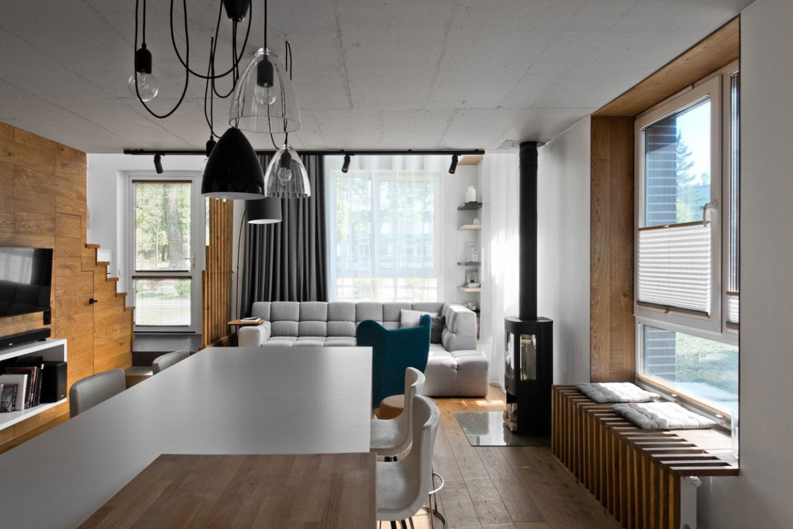 Dining room by InArch
