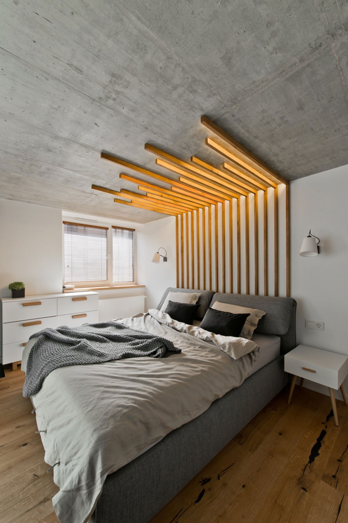 Modern bedroom interior design by InArch