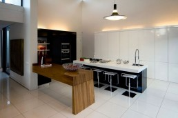 Modern kitchen in new Mosi residence by Nico van der Meulen Architects