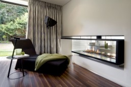 Interiors of the new Mosi residence by Nico van der Meulen Architects