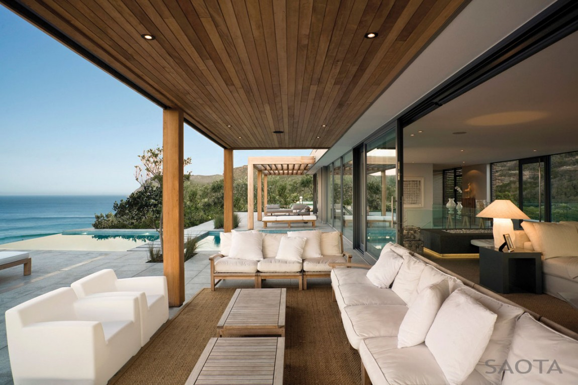 Large Terrace In The Plett Residence By SAOTA