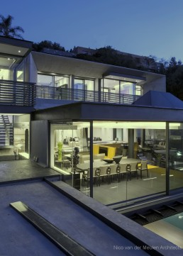 pretty house designed by Nico van der Meulen Architects