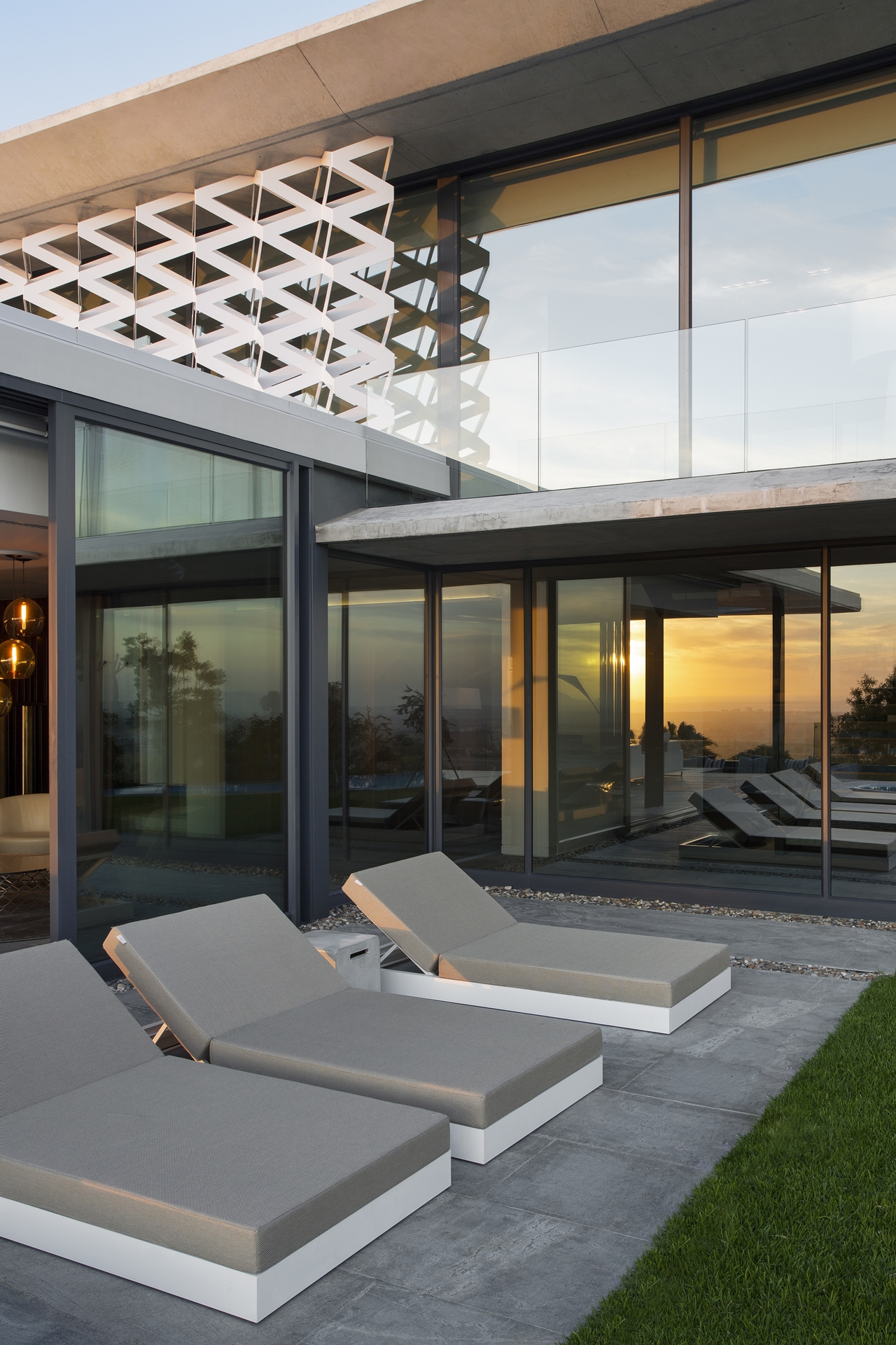 Design Of House Windows Modern Doors And: Concrete And Glass House: Modern City Villa By ARRCC