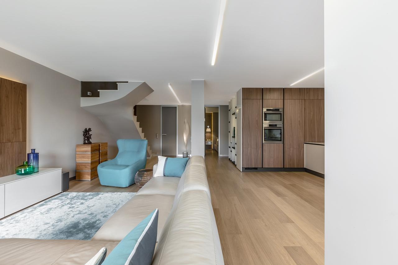 Elegant living room by NG Studio