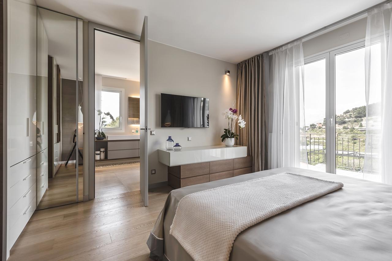Beautiful brown bedroom by NG Studio