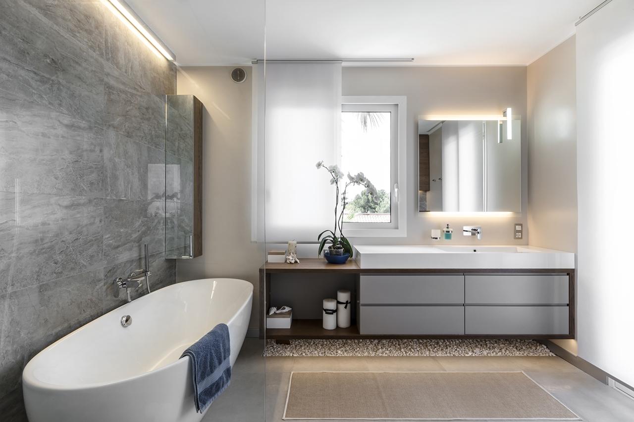 Elegant Interior Design Achieved With Nature Colors ...