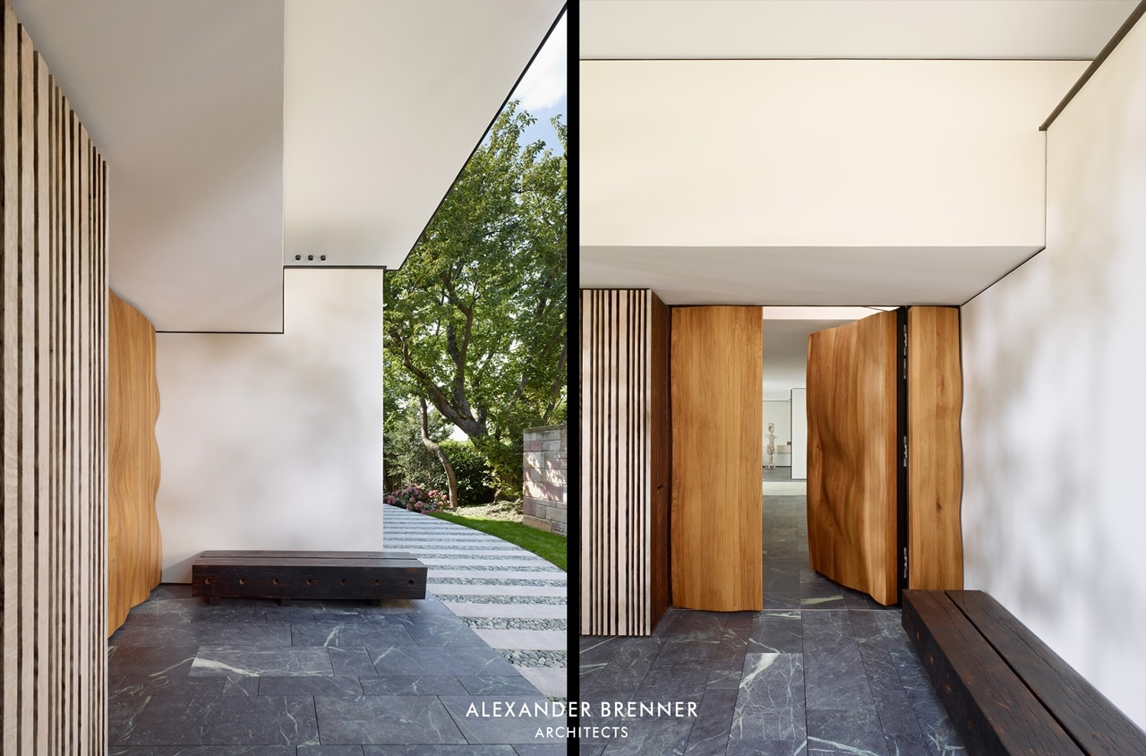 Entrance of the modern villa by Alexander Brenner