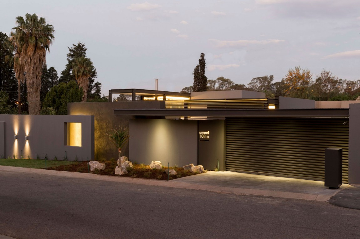 Single Story Modern House Design: House Sar By Nico Van