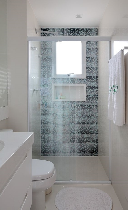 walk in shower in small bathroom