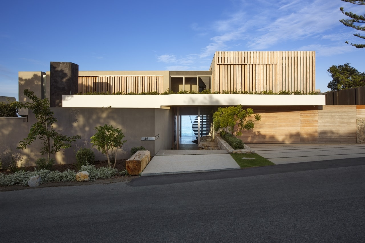 Wooden facade modern house design by saota architecture for Modern wooden house design
