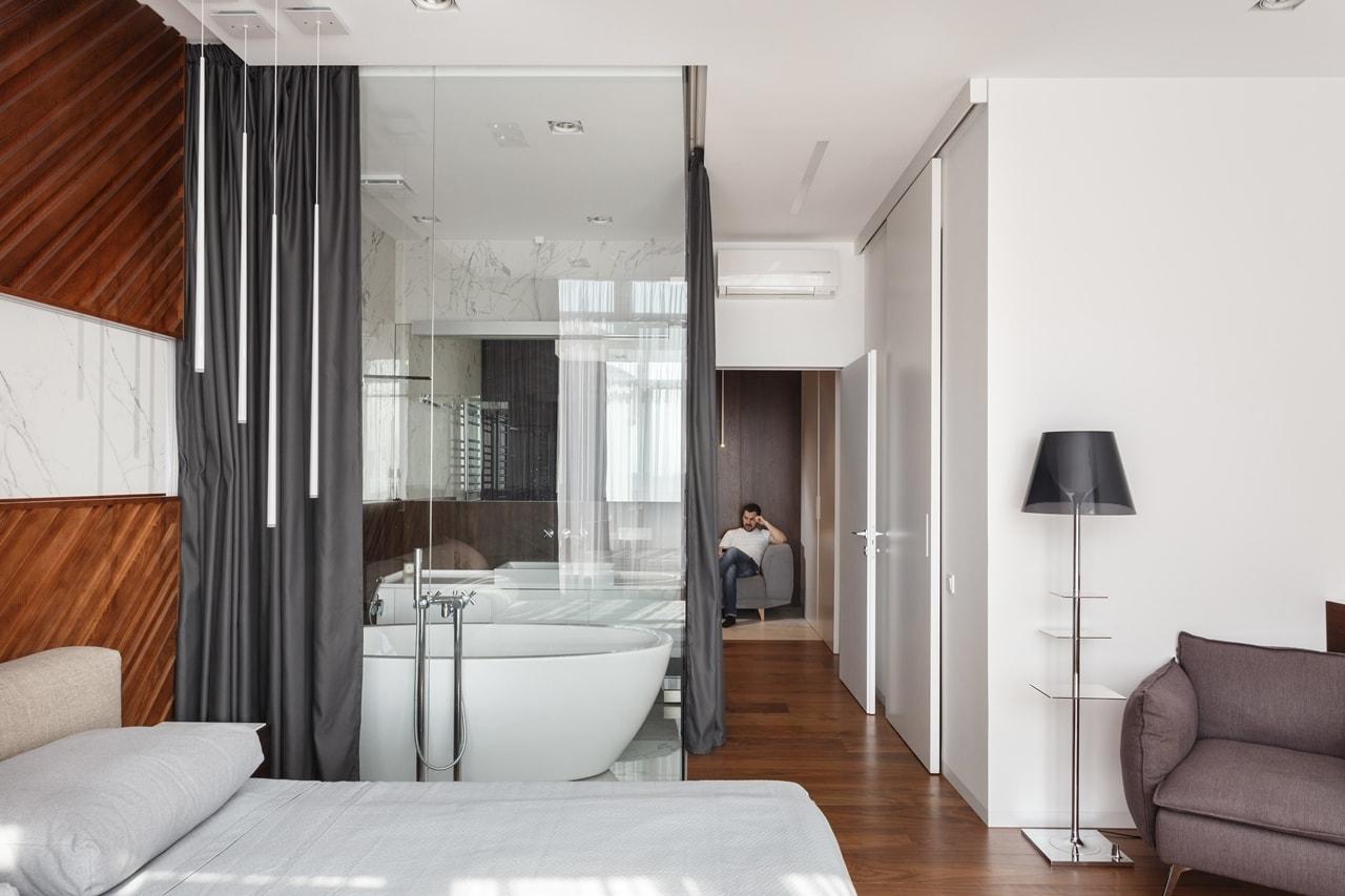 Modern bathroom glass wall by SVOYA studio