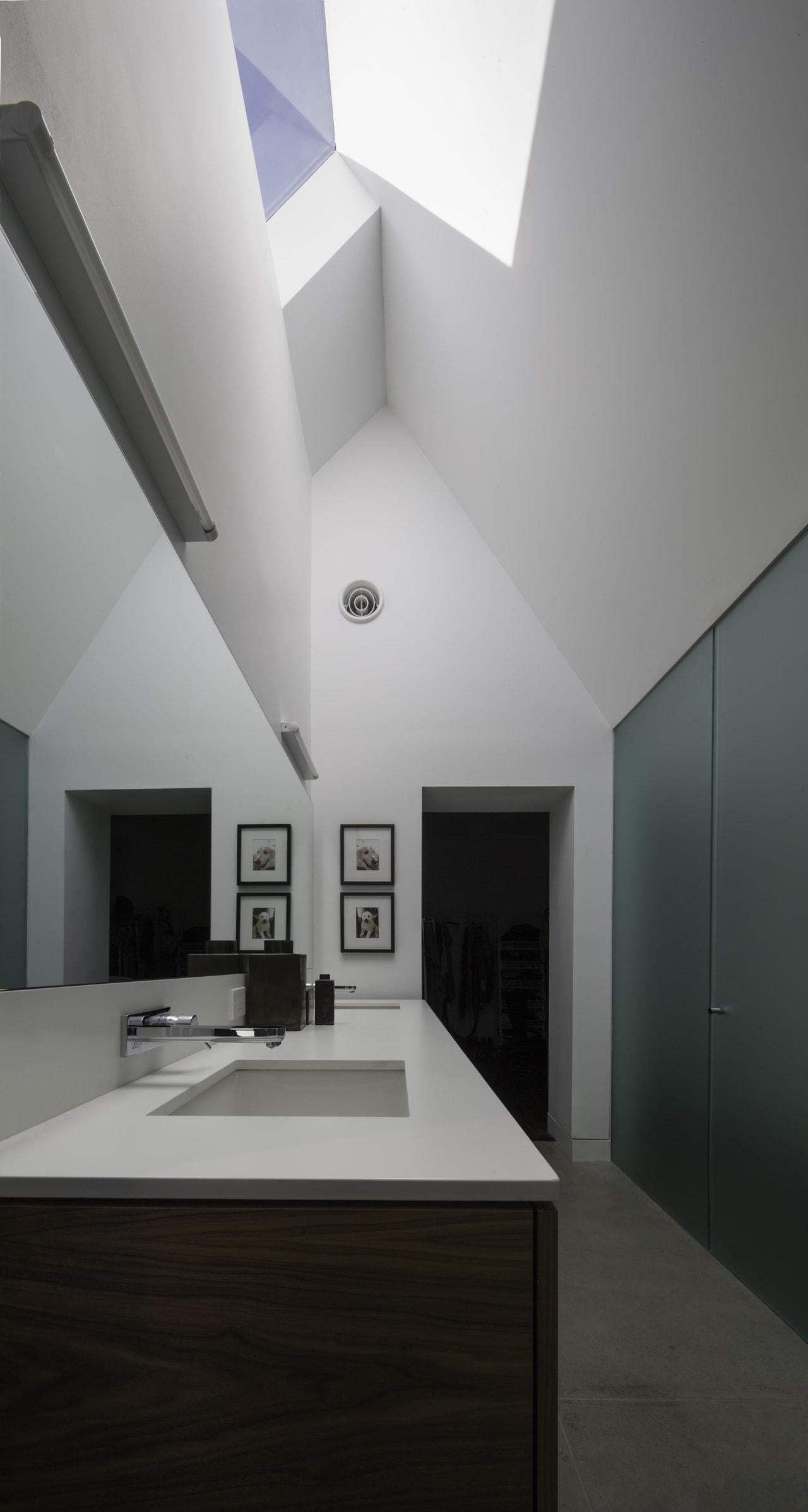 Modern bathroom interior by Chen + Suchart Studio