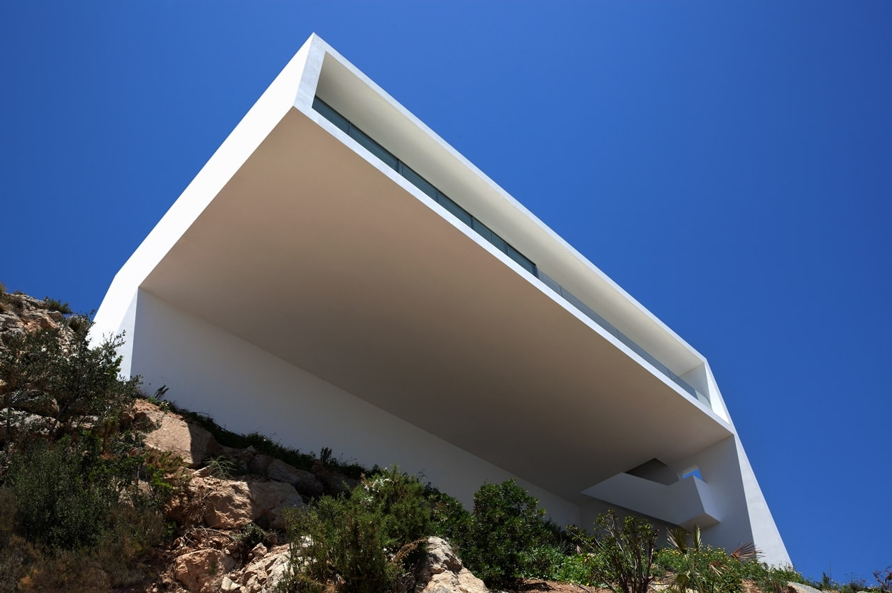 Minimalist house design breathtaking home on the cliffs - Arquitectura en valencia ...