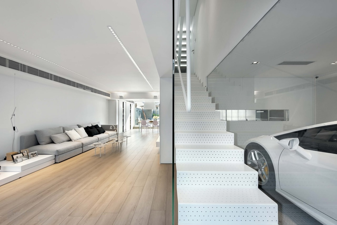 Modern minimalist house design with an admirable - Modern house interior design ...