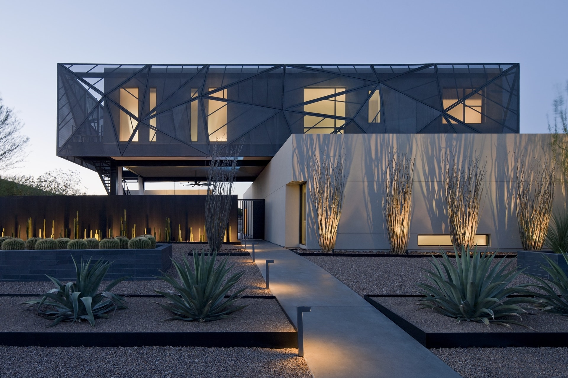 Modern Desert House Designed For Enjoyable Desert Living